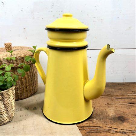 cafetière en tôle émaillée jaune